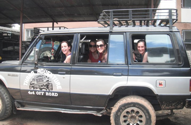 4x4 Jeep Tour and a 3-day adventure through Chiang Mai and Chiang Rai