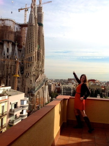 Leah Walker at GowithOh apartment - Sagrada Familia
