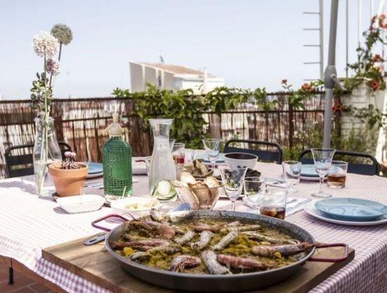 Paella EatWith Barcelona