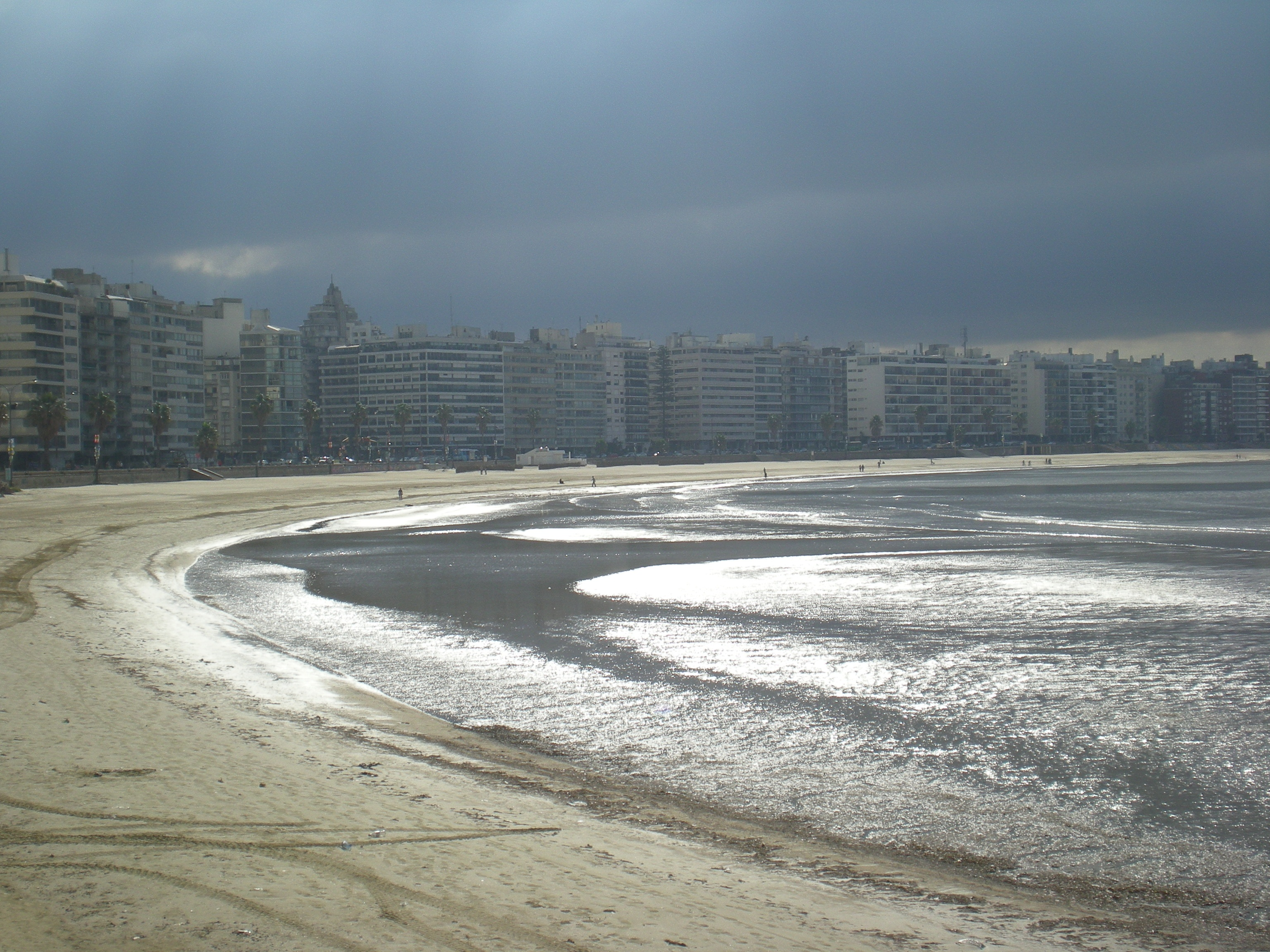 Montevideo on a cool winter evening in June (Uruguay) 20